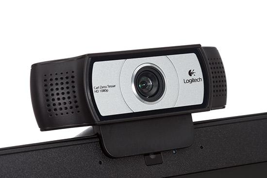332782-logitech-webcam-c930e-angle
