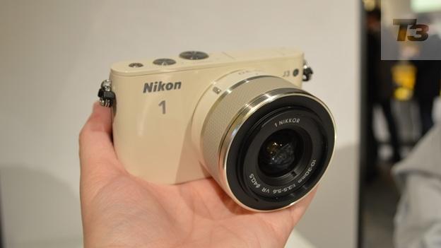 xl_Nikon-1-J3-lead-624