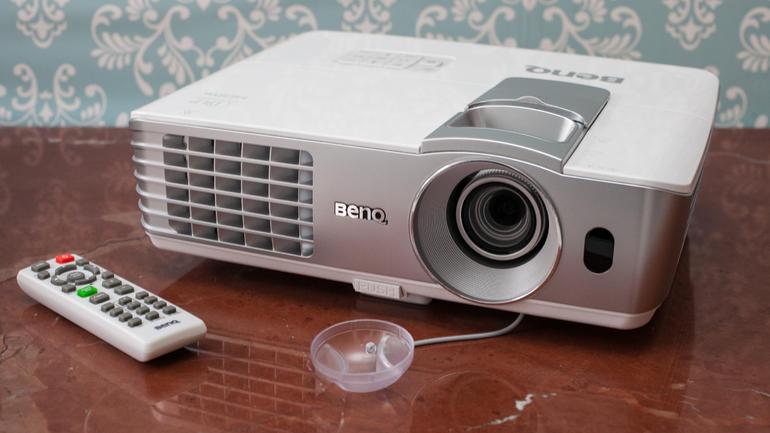 BenQ_W1070